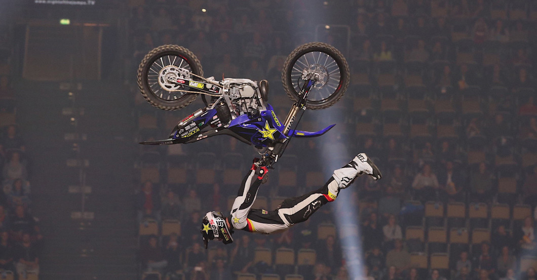 Motocross Freestyler Night of the Jumps